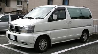 800px-1999-2000_Nissan_Elgrand.jpg