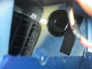 車の雨漏り画像 (2).JPG