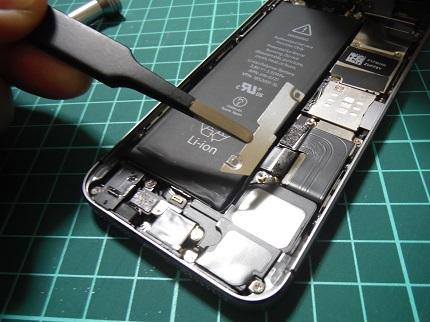 iPhone 5s電池交換10.JPG